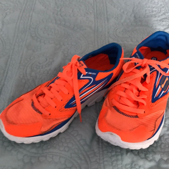 Skechers go run shoes sneakers orange blue 7.5. M 5af224aaa4c4852f6478a796 7997745ff